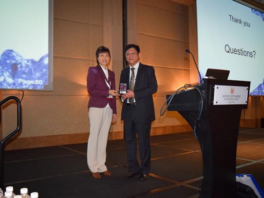 Dr Jeffrey Chang, Dr Victoria Yu